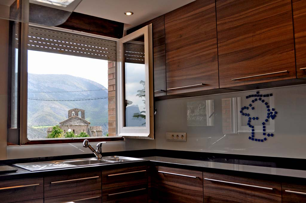 The kitchen and the views